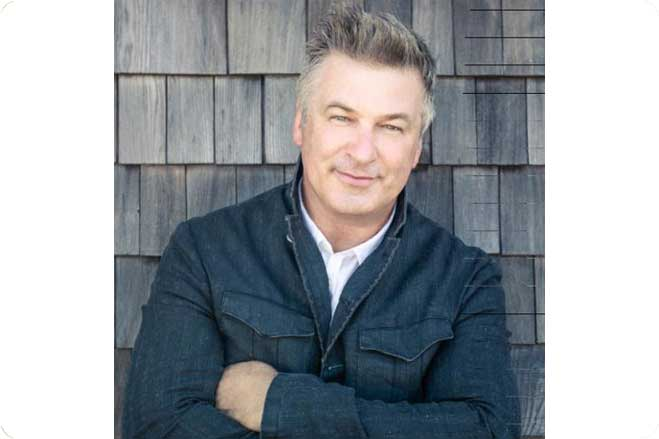 Alec Baldwin Adopts Thanksgiving Bird to Save it from Dinner Table