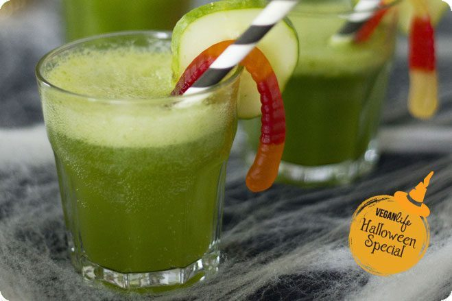halloween witches potion green juice celery cucumber pineapple spinach lemon