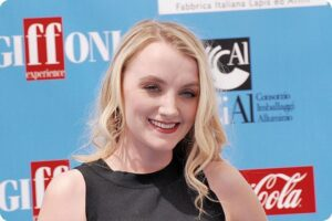 Harry Potter star, Evanna Lynch, plans to launch Vegan podcast 5