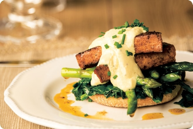 Tofu Florentine Served with Spinach and Asparagus