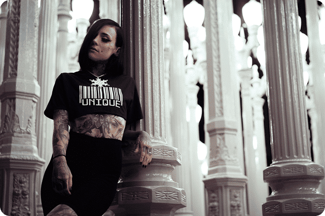 Monami Frost to Open Vegan Burger Restaurant