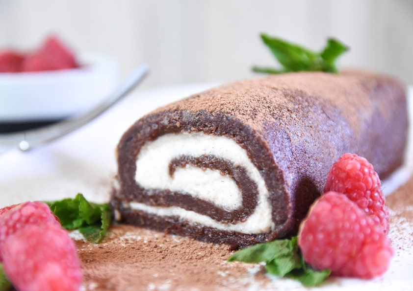 CoYo Organic Raw Swiss Roll 1