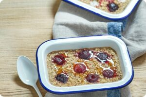 Almond & Cherry Baked Oats