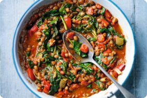 Lentil, pepper & spinach Balti