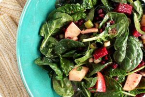 Spinach, Apple and Pomegranate Salad