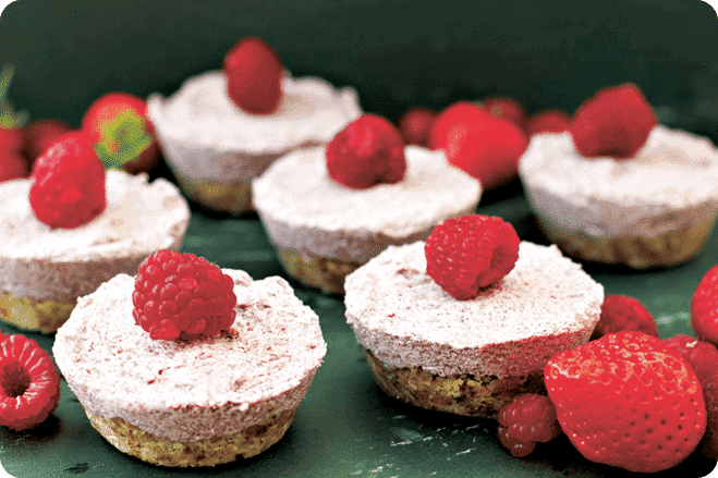 Mini No-Bake Raspberry Cheesecakes