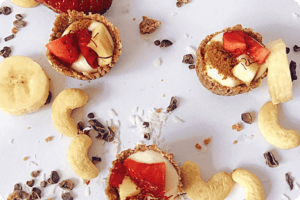 Breakfast Yoghurt Cookie Cups