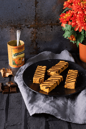 Healthy No-Bake Pumpkin Bars