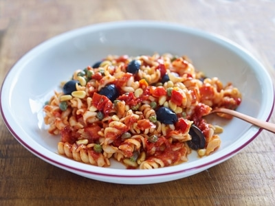 Roasted Pepper Pasta with Olives, Capers and Pine Nuts 1