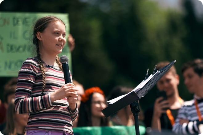 Greta Thunberg to travel to Climate Summit in solar panel boat