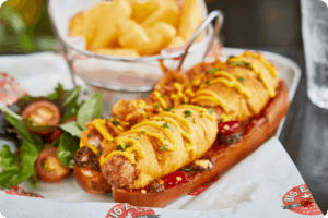 Linda McCartney's and Big Easy have created the ultimate in vegan dining with the launch of the brand new Linda McCartney's X Big Easy Texan Vegan Corn 'Not Dog'.