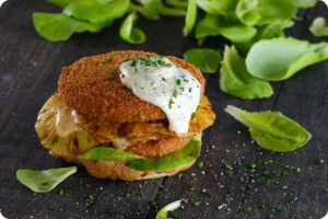 Tooti Frooti Chicken-Style Burger 3