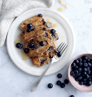 Blueberry and Oat Pancakes 1