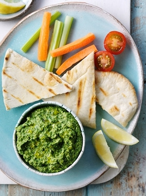 Spinach Houmous with Pittas 1