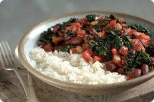 Mexican Vegetable Chilli with Spicy Kale Crisps 13