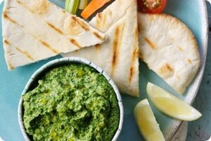 Spinach Houmous with Pittas 6