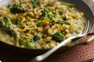 Tenderstem® Bengali Split Pea Curry with Caramelised Shallots 1